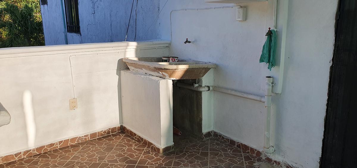 Foto Casa en Venta en  Chetumal ,  Quintana Roo  CASA DE 3 RECAMARAS EN MAGIFICAS CONDICIONES EN MAYA REAL