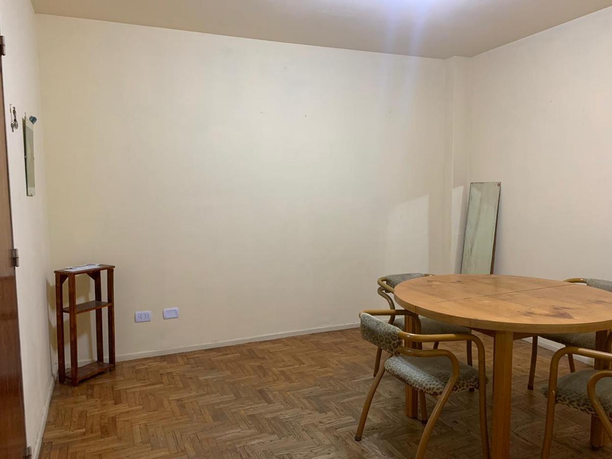 Foto Departamento en Alquiler en  Recoleta ,  Capital Federal  Aguero al 1000