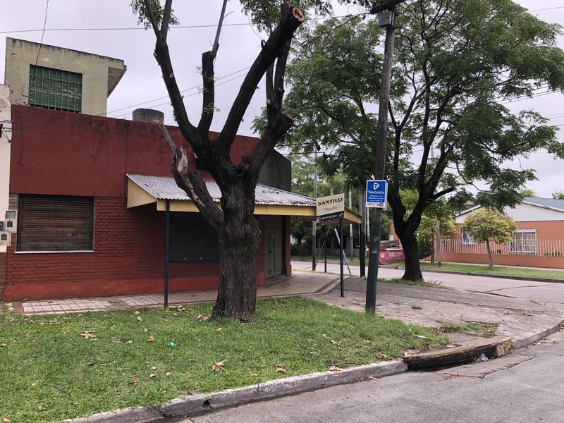 Foto Local en Alquiler en  Lomas de Zamora Oeste,  Lomas De Zamora   Boedo 1798