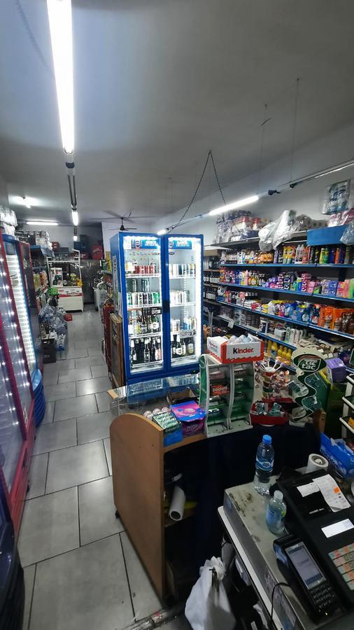 Foto Local en Venta en  Centro,  Rosario  9 de julio al 500