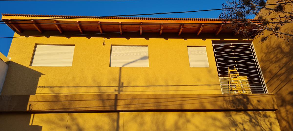 Foto Departamento en Alquiler en  Roldán ,  Santa Fe  Alberdi al 500