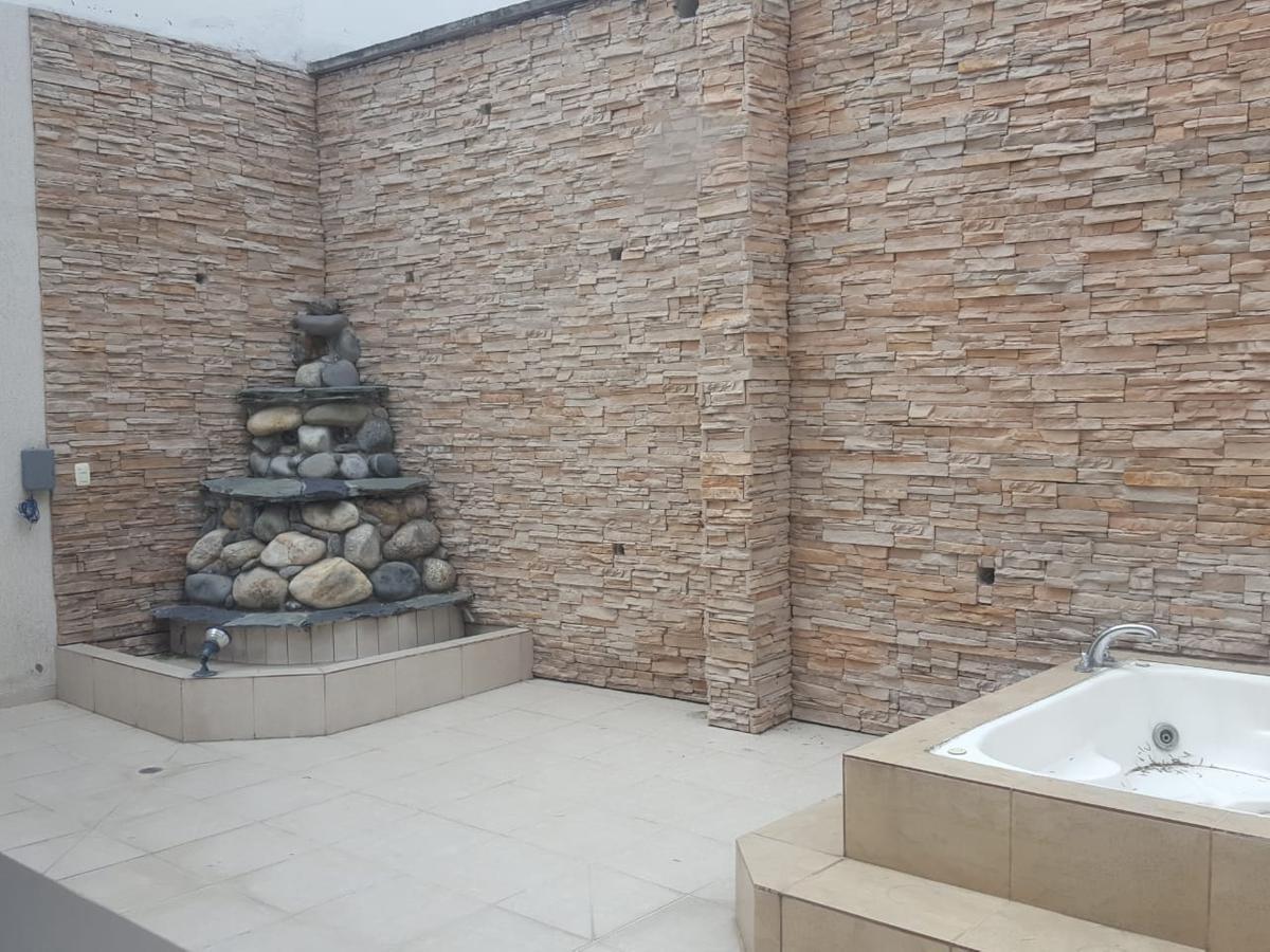 Foto Departamento en Venta en  Cumbayá,  Quito  La Primavera