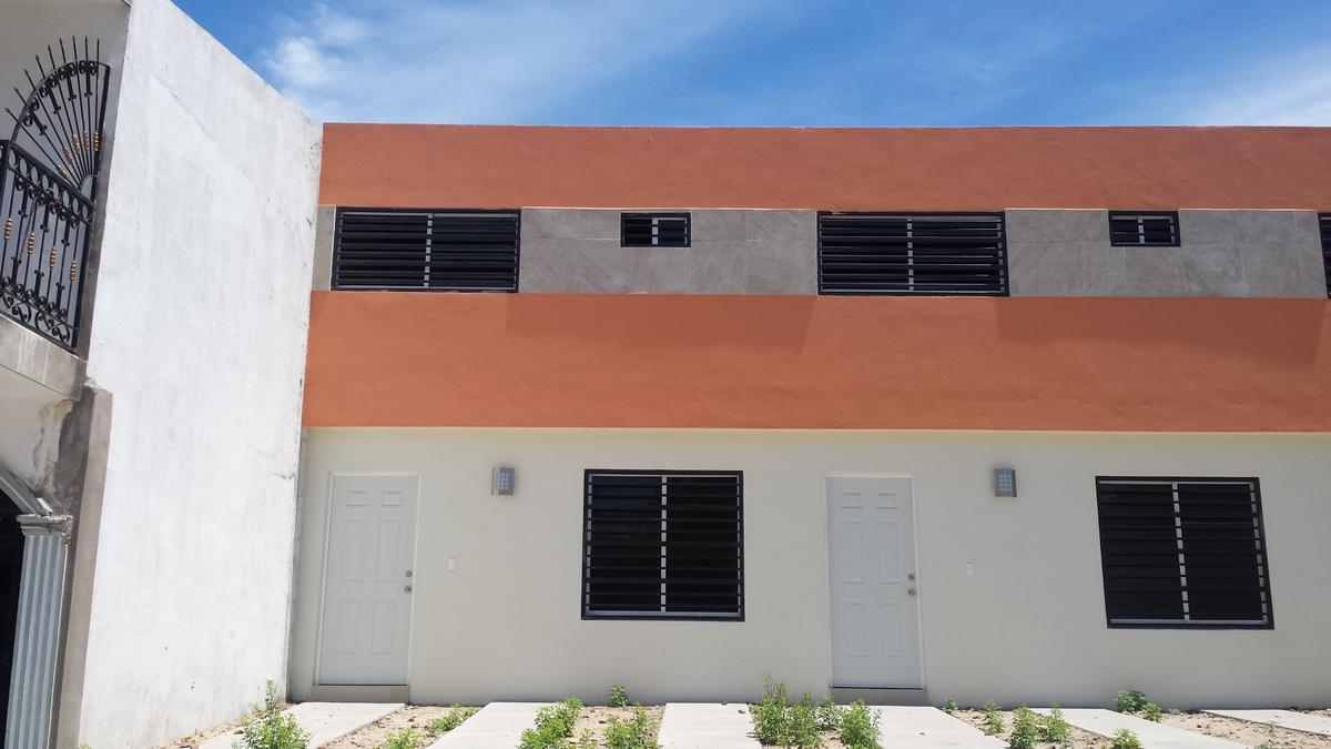 Foto Casa en Renta en  Aurora,  Culiacán  Casa en Las Quintas 2 Habitac. 3 Baños EQUIPADA