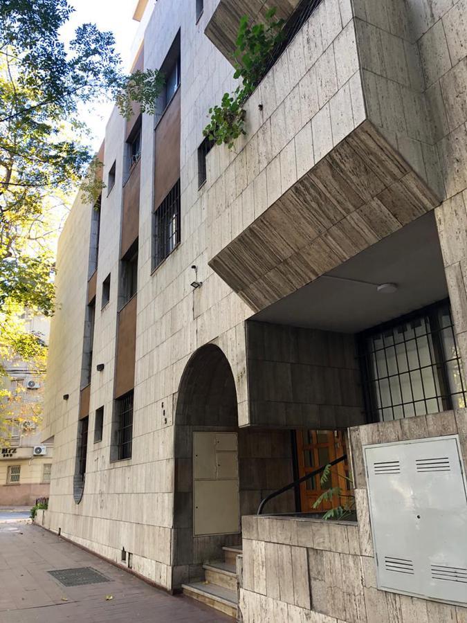 Foto Departamento en Alquiler en  Capital ,  Mendoza  Rivadavia al 600