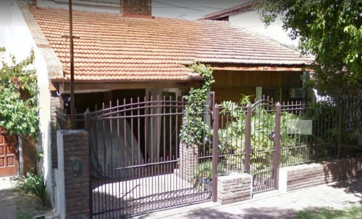 Foto Casa en Venta en  Adrogue,  Almirante Brown  Comodoro Py 521