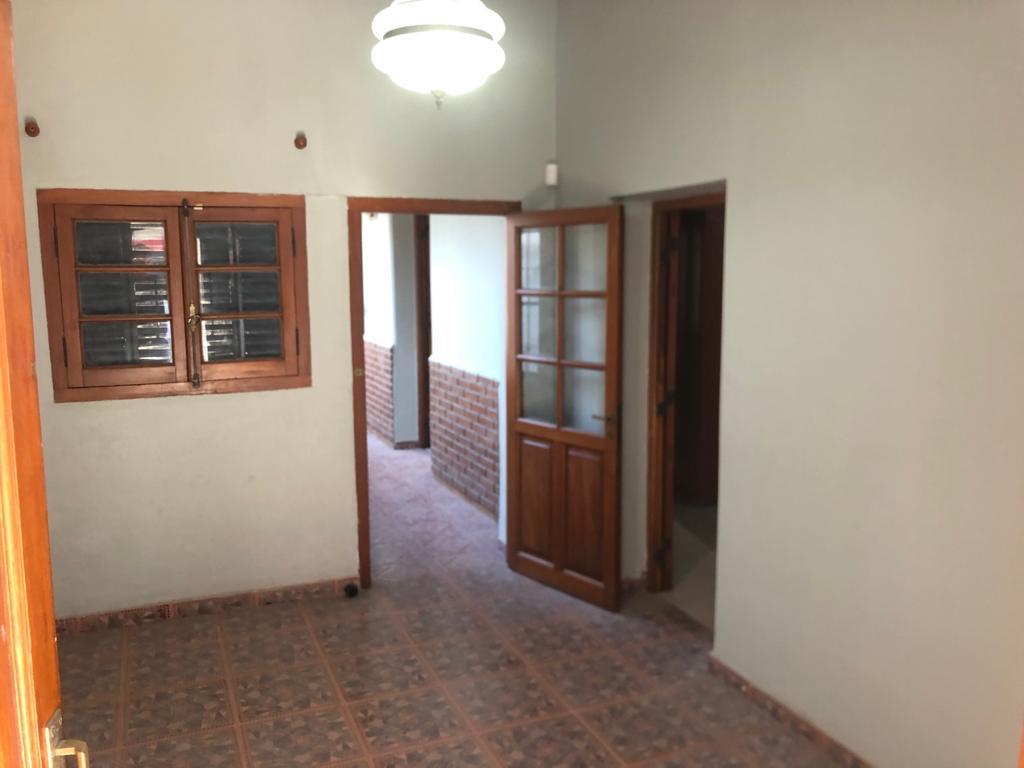 Foto Galpón en Alquiler en  Talleres Este,  Cordoba  Punta de Sauce al 2100