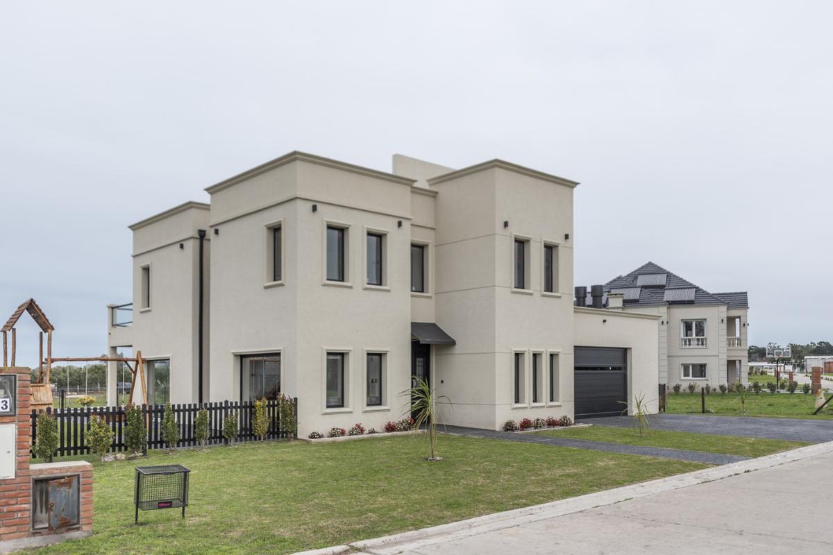 Foto Casa en Venta en  Aeroparque,  Mar Del Plata  Aeroparque