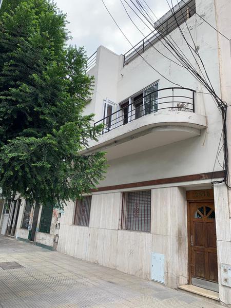 Foto PH en Venta en  Villa Ortuzar ,  Capital Federal  Álvarez Thomas al 2300