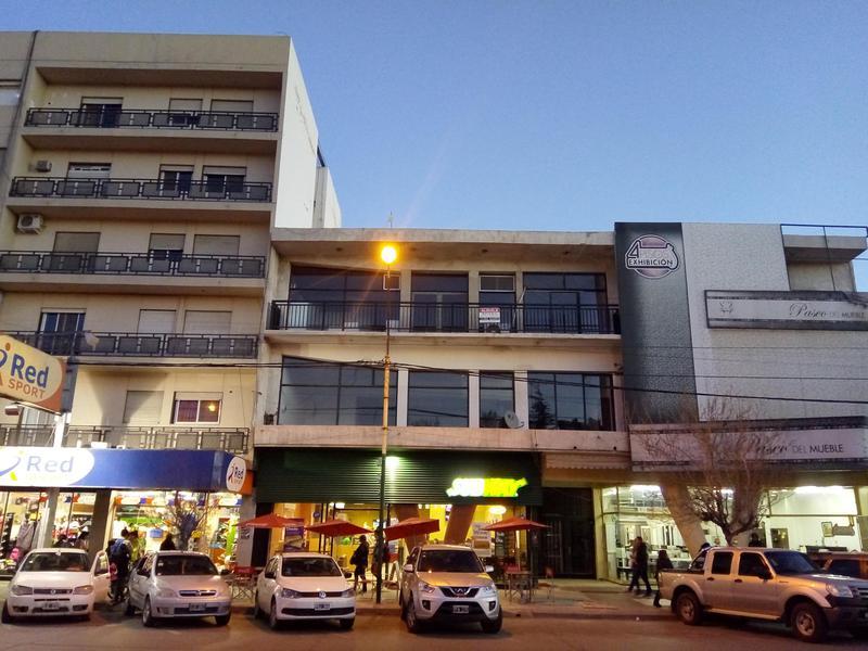 Foto Departamento en Alquiler en  Área Centro Sur,  Capital  Sarmiento al 100