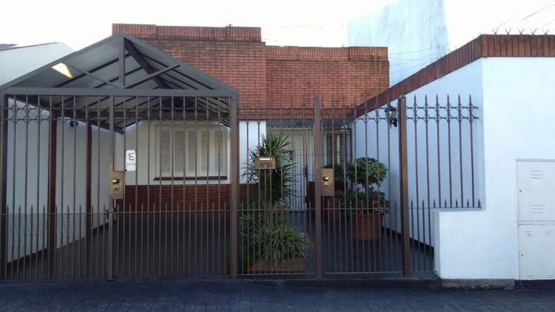 Foto Departamento en Venta en  Wilde,  Avellaneda  BOULEVARD DE LOS ITALIANOS AL al 100