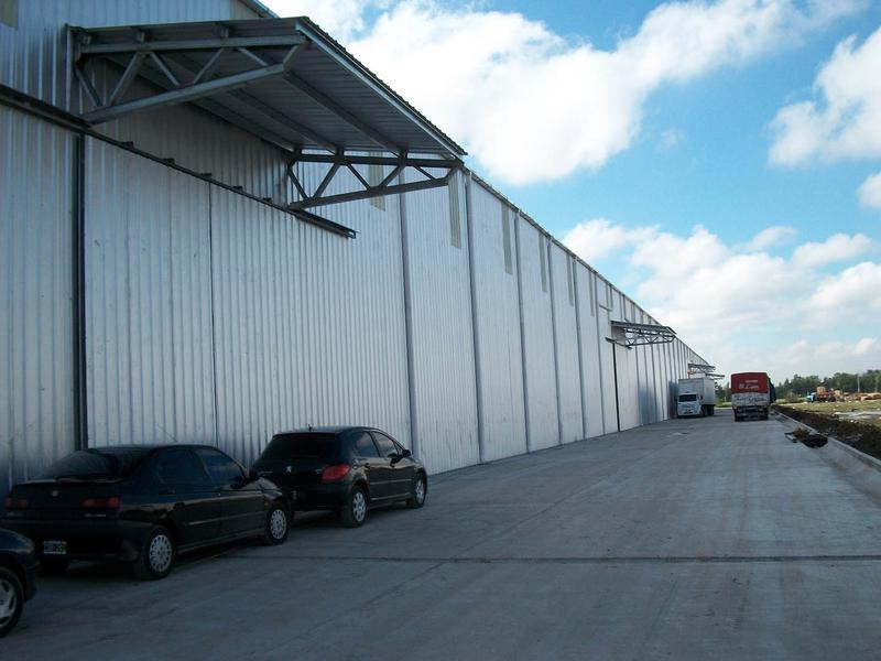 Nave Parque Industrial Campana 8800 m2