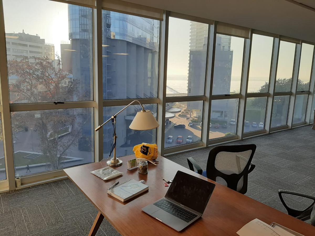 Foto Oficina en Alquiler en  Puerto Norte,  Rosario  Av. Candido Carballo 230 - Oficinas Ribera