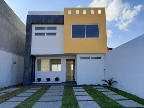 Foto Casa en Venta en  Zinacantepec ,  Edo. de México  Estrena casa sola de Venta en Zinacantepec