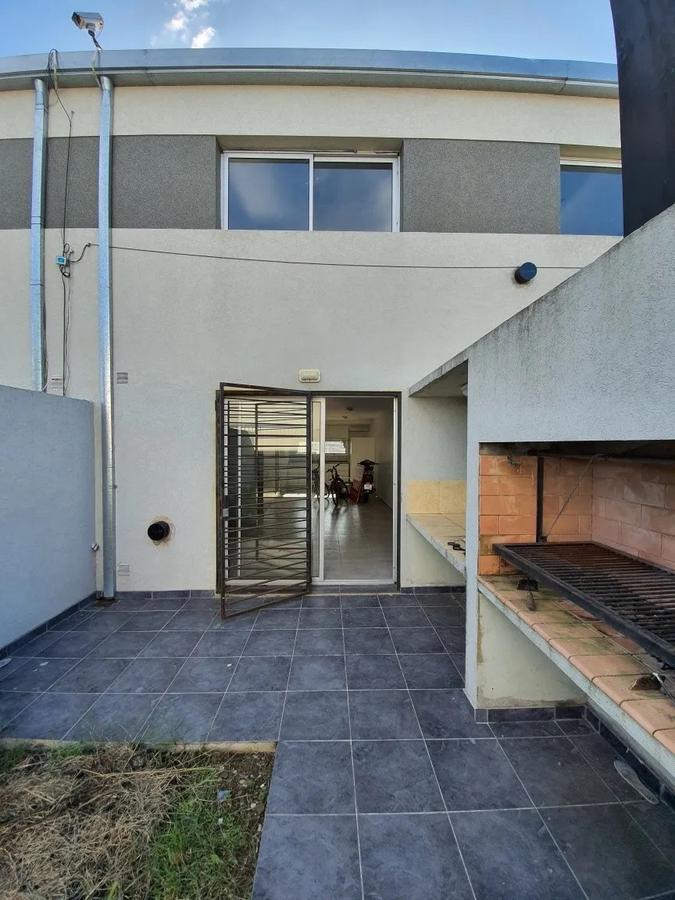 Foto Casa en Venta en  La Plata ,  G.B.A. Zona Sur  La Plata