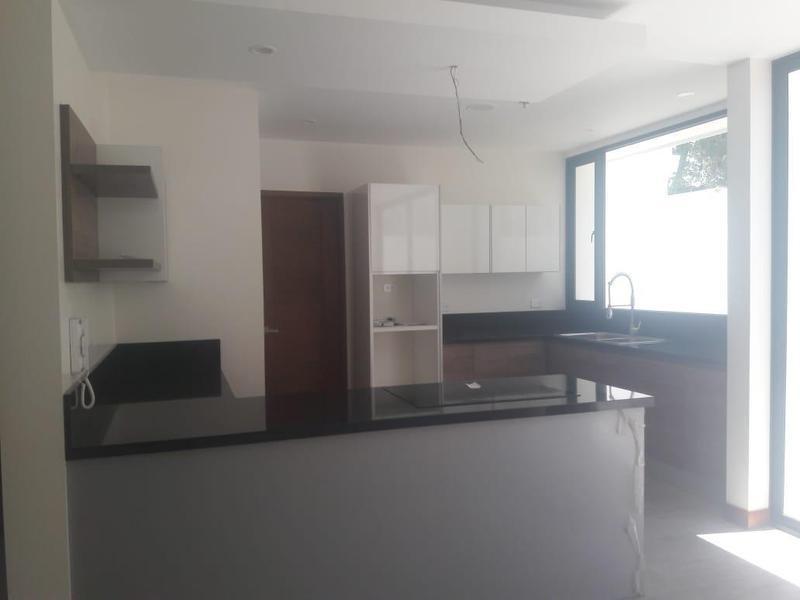 Foto Departamento en Venta en  Cumbayá,  Quito  LA VIÑA
