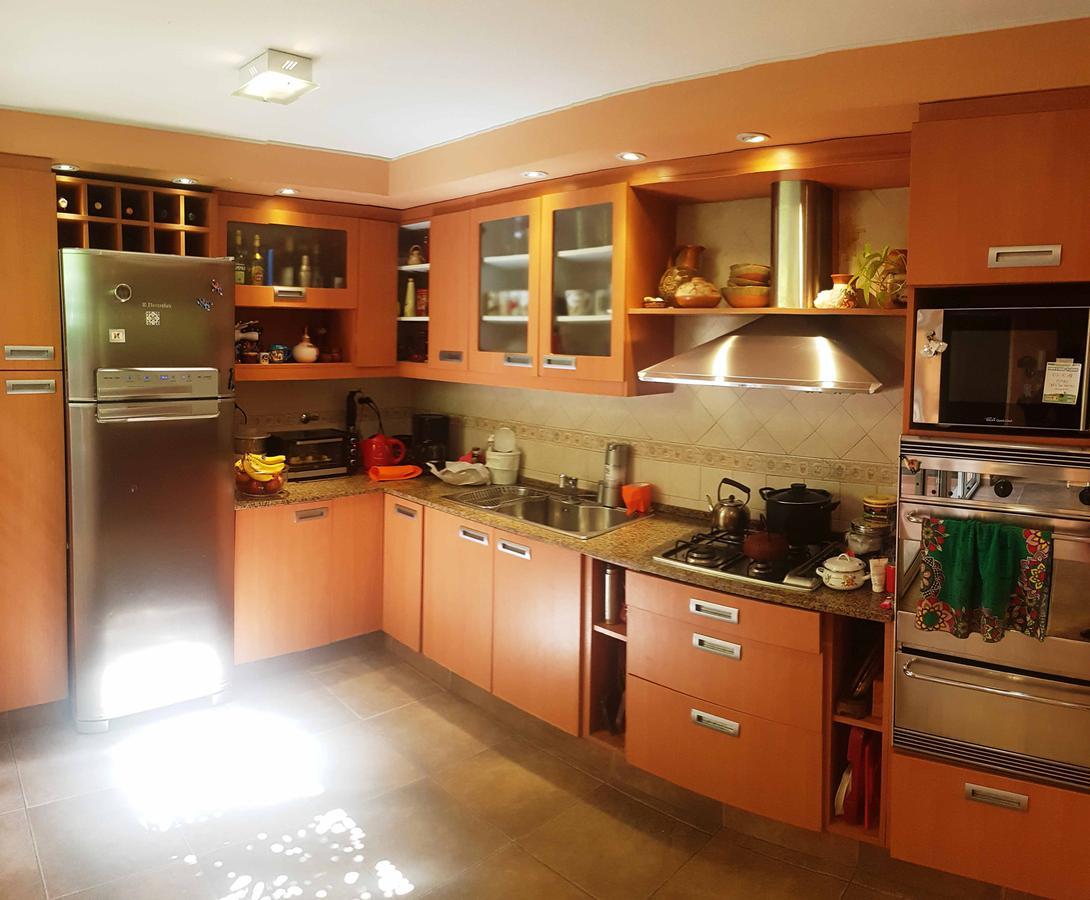 Foto Casa en Venta en  Villa Saenz Peña,  Tres De Febrero  Ameghino 3020