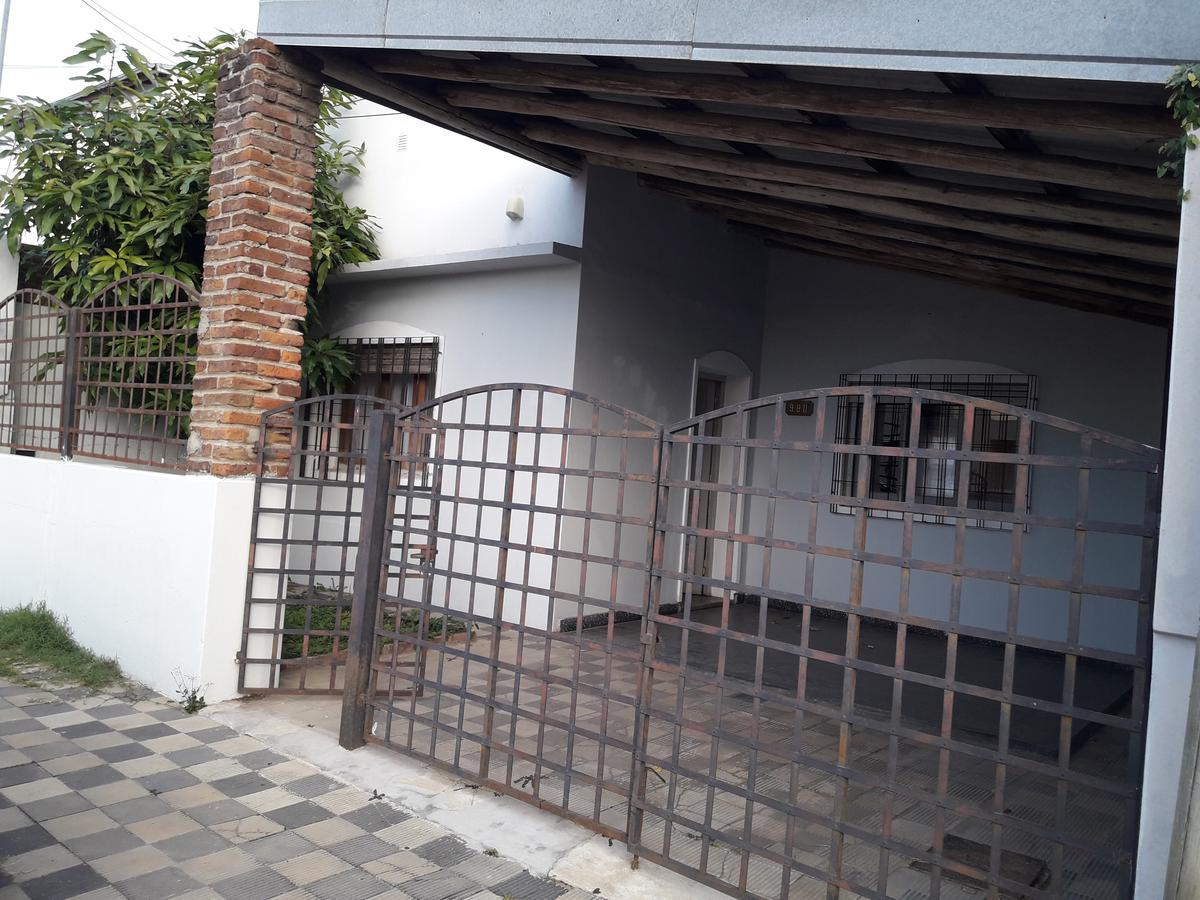 Foto Casa en Venta |  en  Concordia ,  Entre Rios  Perú al 900