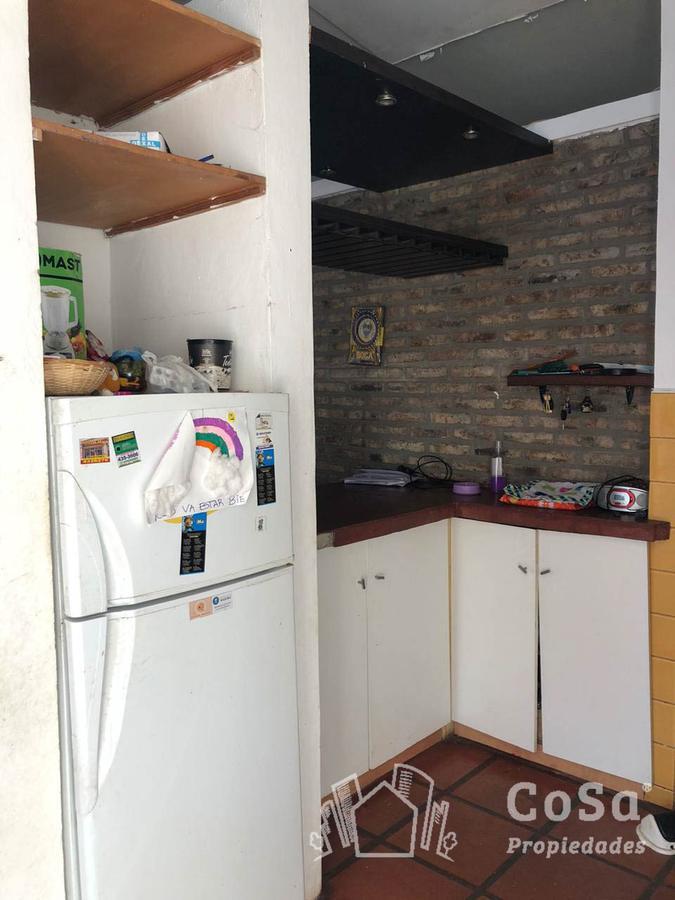 Foto Casa en Venta en  Funes ,  Santa Fe  Rivadavia 1350