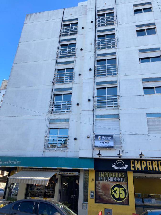 Foto Departamento en Alquiler en  La Plata ,  G.B.A. Zona Sur  11 esq 50