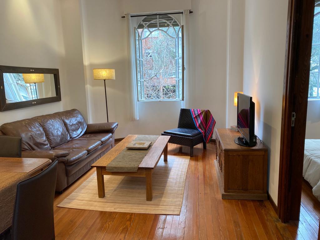 Foto Apartamento en Alquiler en  Pocitos ,  Montevideo  Cavia y Libertad