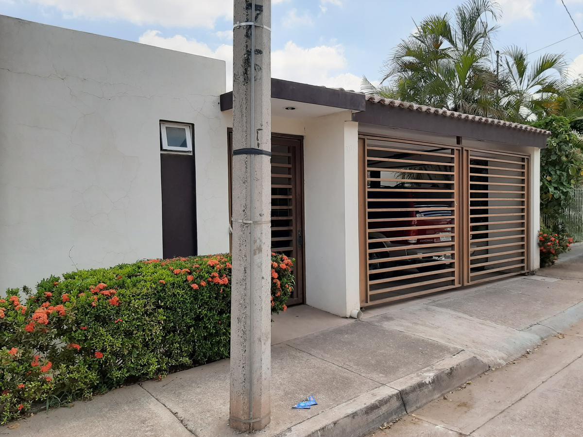 Foto Casa en Venta en  21 de Marzo,  Culiacán  CASA DE 1 PLANTA, LIBRE DE GRAVAMEN LISTA PARA HABITAR EN COL. 21 DE MARZO