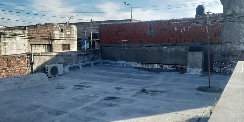 Foto Casa en Venta en  Valentin Alsina,  Lanús  OLIDEN al 2900