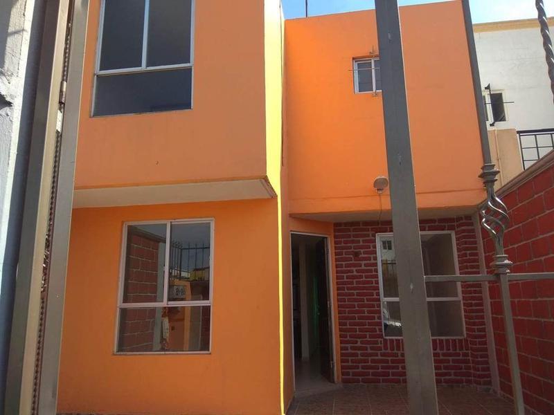 Foto Casa en condominio en Renta en  Los Cedros 400,  Lerma  CASA RENTA CEDROS 4000 LERMA
