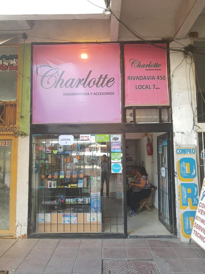 Foto Local en Venta en  Esc.-Centro,  Belen De Escobar  Rivadavia y Spadaccini