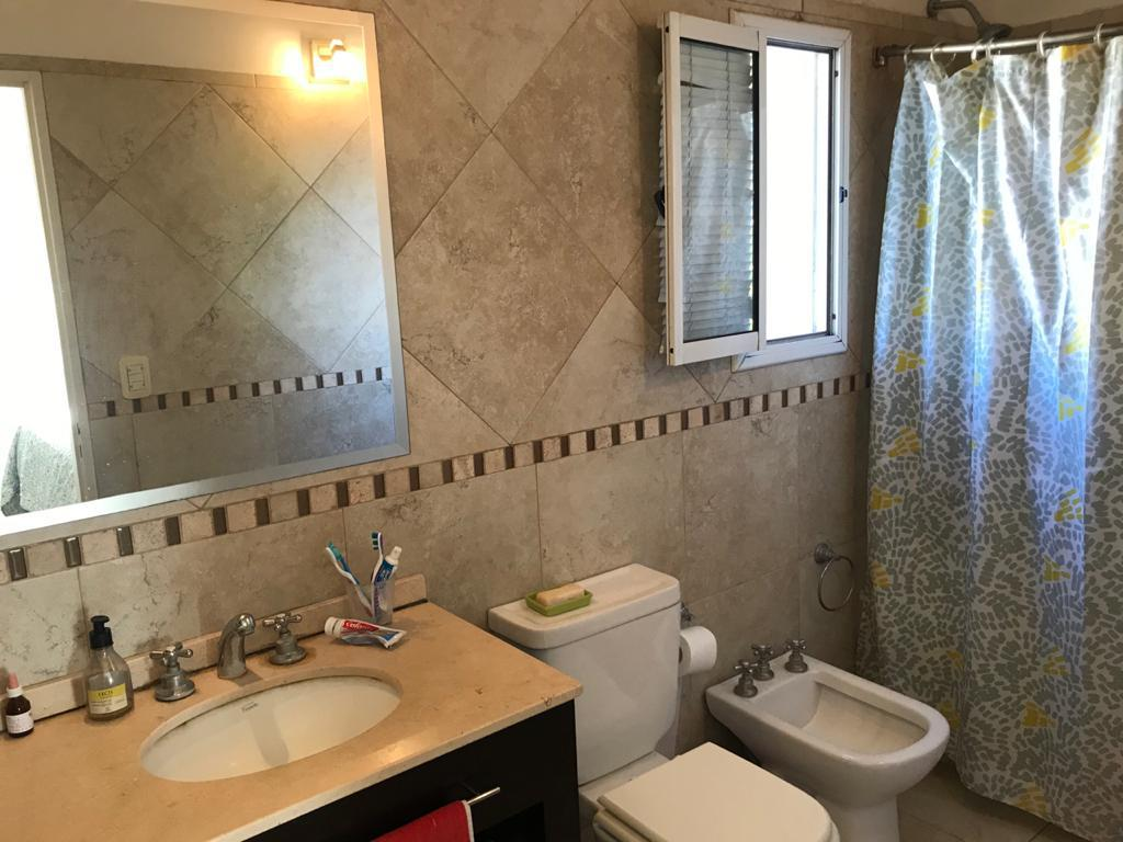 Foto Casa en Venta en  Los Olmos,  Countries/B.Cerrado (Tigre)  BARRIO LOS OLMOS