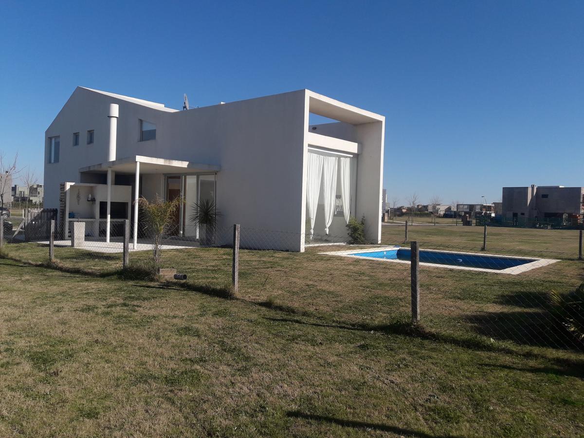 Foto Casa en Venta en  Vistas,  Puertos del Lago  Puertos Del Lago Bº Araucarias. Lote 202