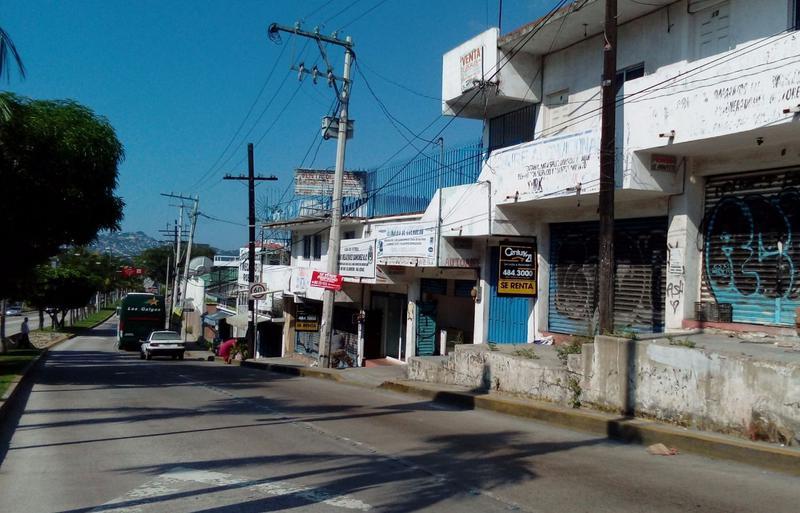 Foto Local en Renta en  Progreso ,  Yucatán  LOCAL COMERCIAL EN COL. EL ROBLE AVENIDA CUAUHTEMOC
