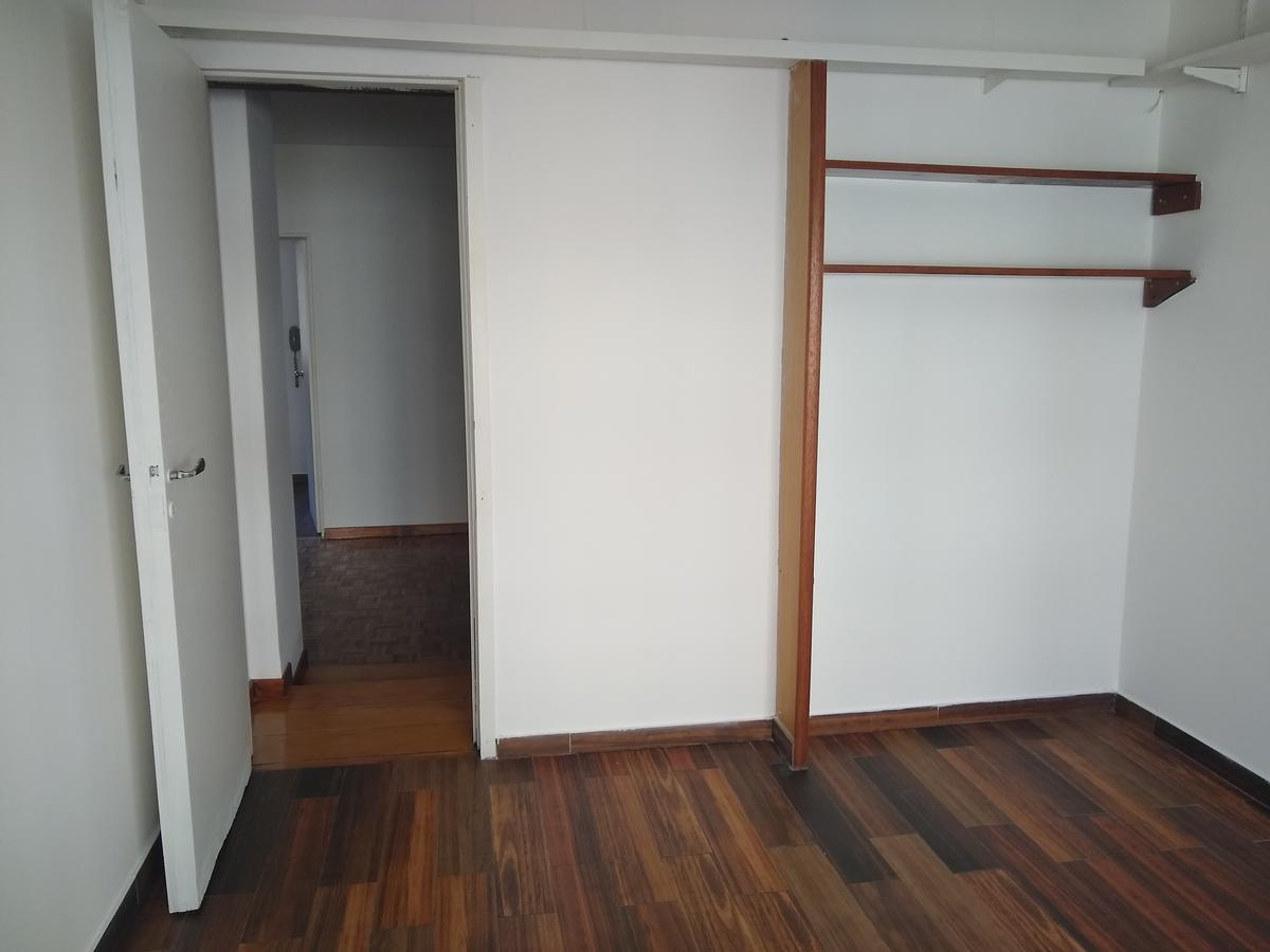 Foto Departamento en Alquiler en  Microcentro,  Centro (Capital Federal)  Uruguay al 700