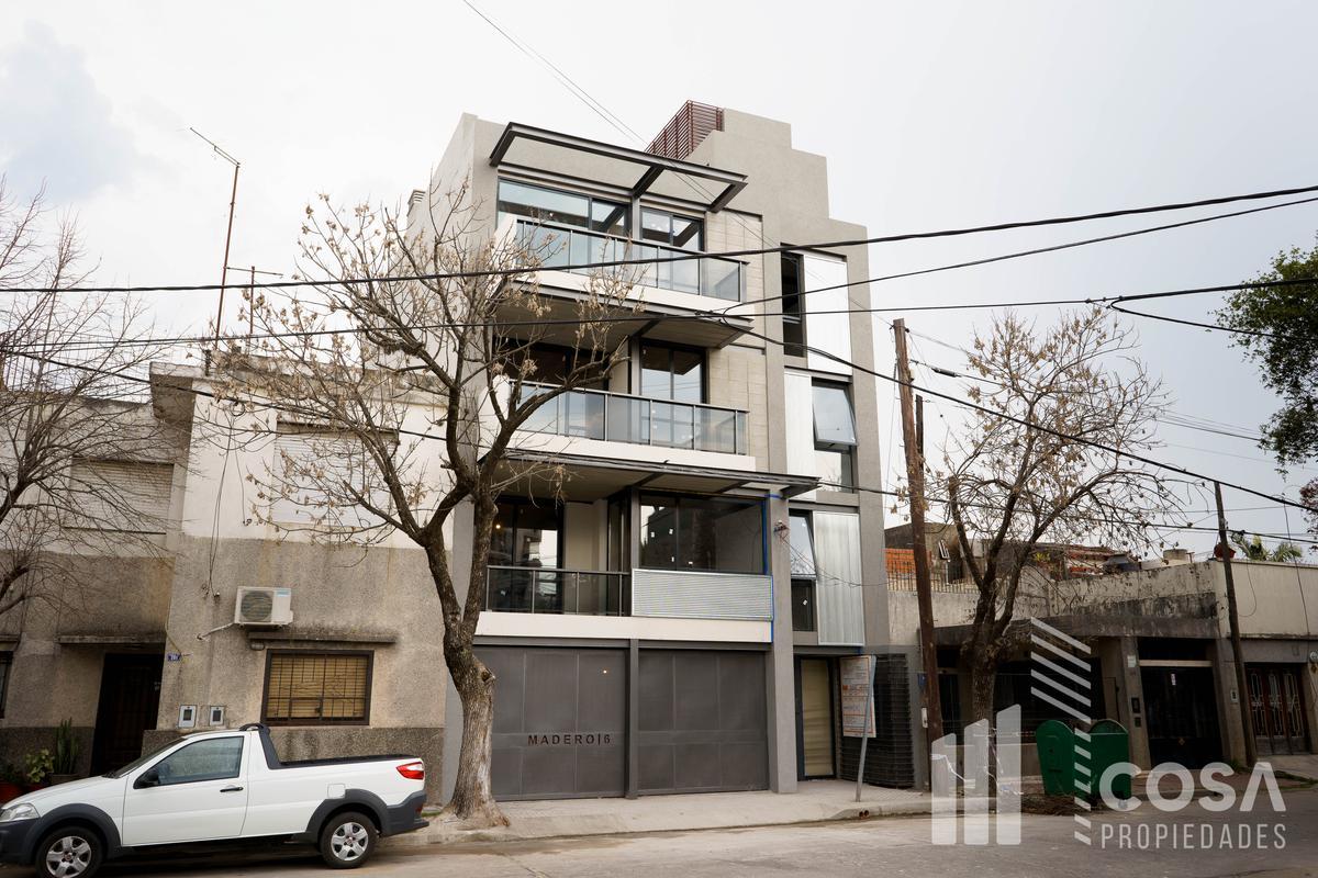 Foto Departamento en Venta en  Sarmiento,  Rosario  Barrio Sarmiento - Pasaje Los Patos 211 1º