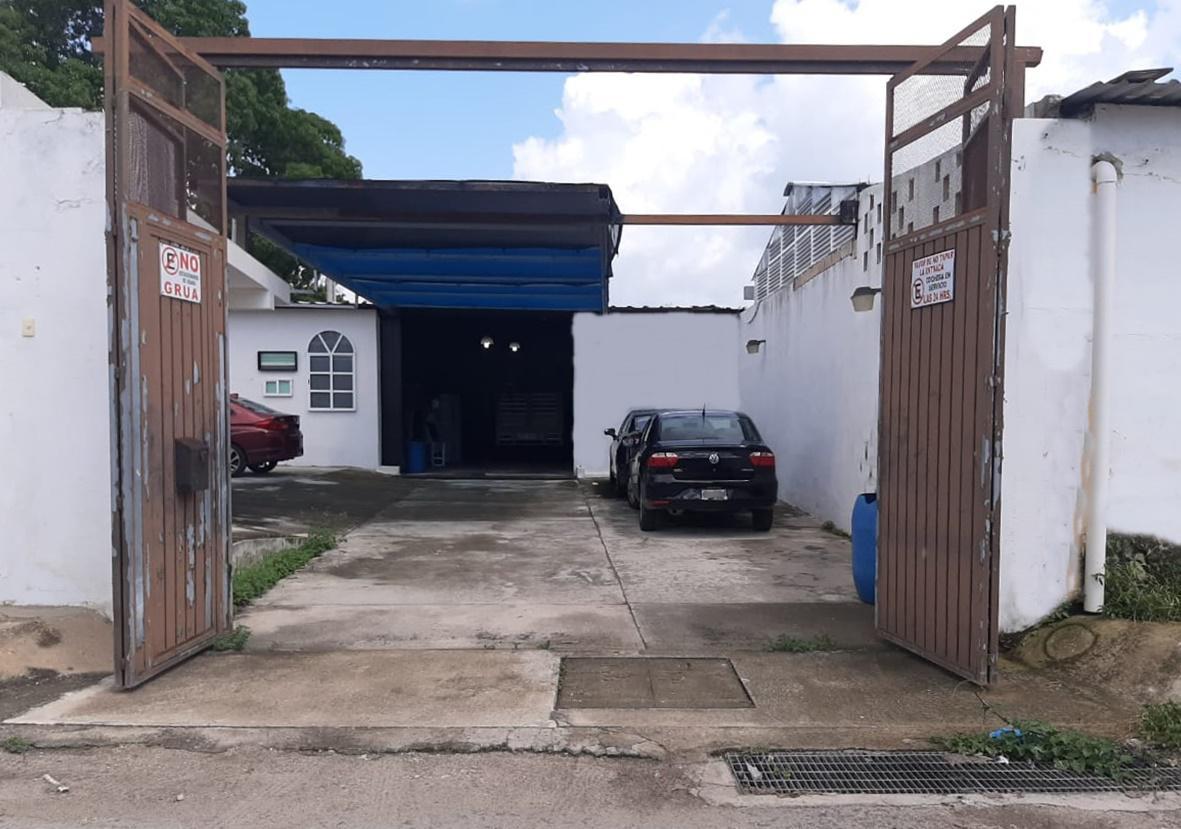Foto Bodega Industrial en Venta en  Esperanza,  Mérida  Bodega en venta en Merida, dentro del anillo periférico, fáciles accesos