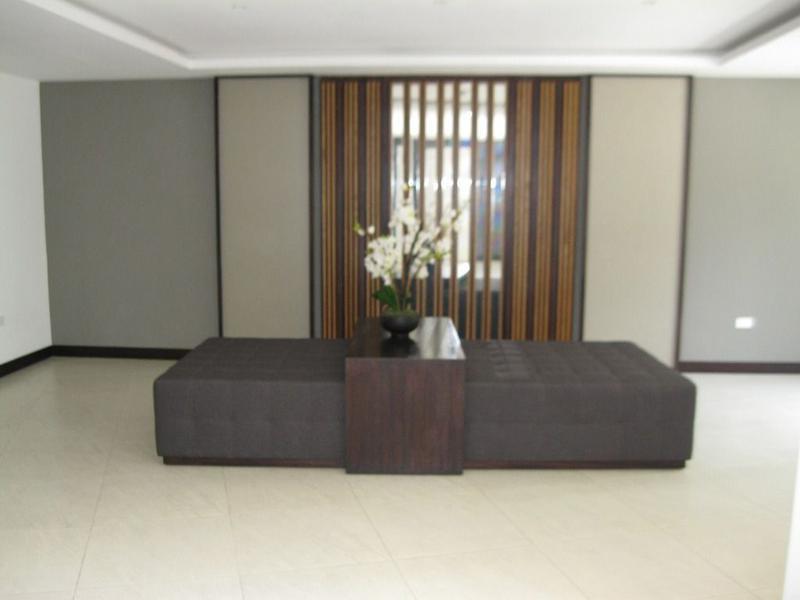 Foto Departamento en Venta en  Centro de Quito,  Quito  Lomas de Monteserrín, suite con patio posterior exclusivo