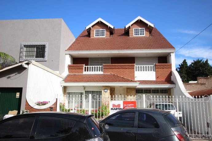 Foto Casa en Venta |  en  Mart.-Santa Fe/Fleming,  Martinez  PIRAN 58