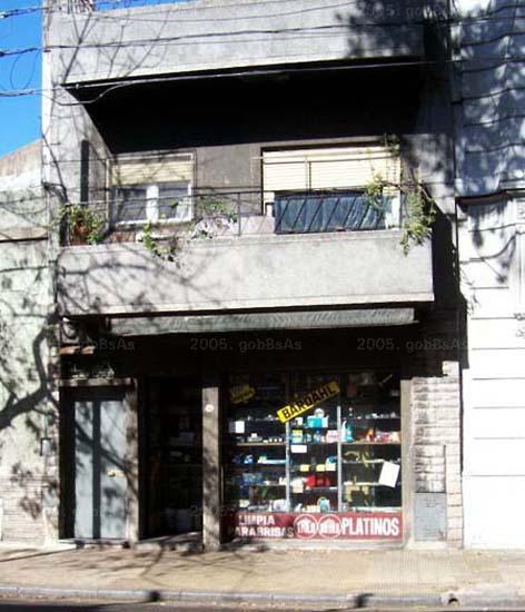 Foto Local en Venta   Alquiler en  Constitución ,  Capital Federal  PAVON N° al 1300