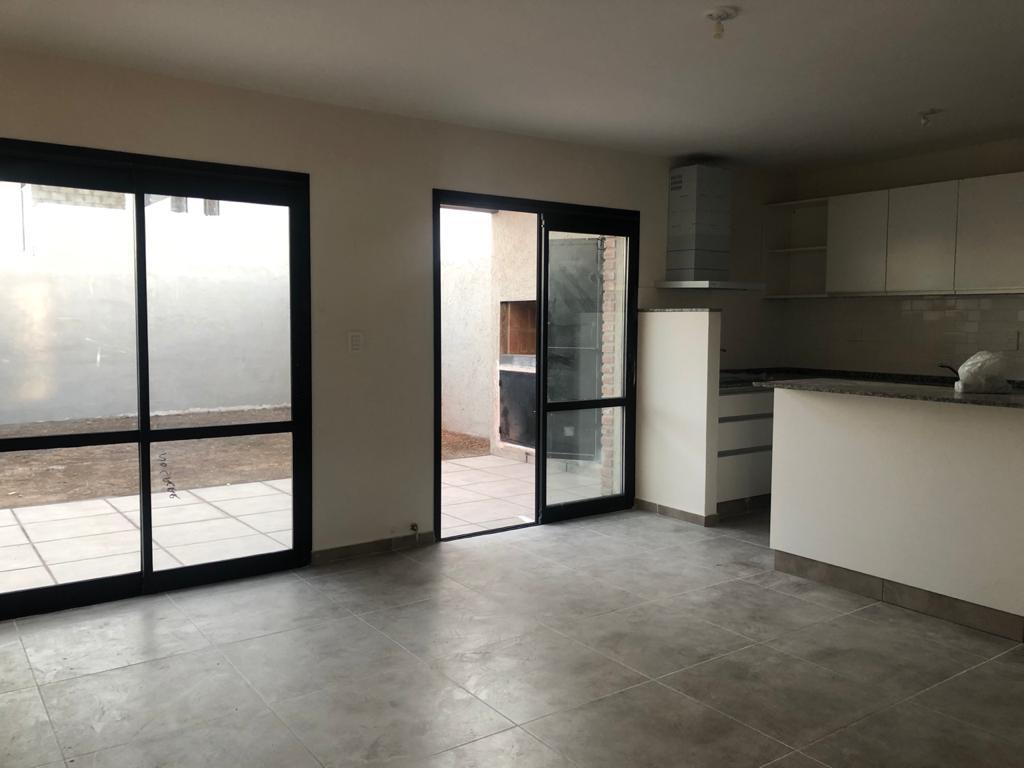 Foto Casa en Venta en  Docta,  Cordoba Capital  Docta - M20 L13