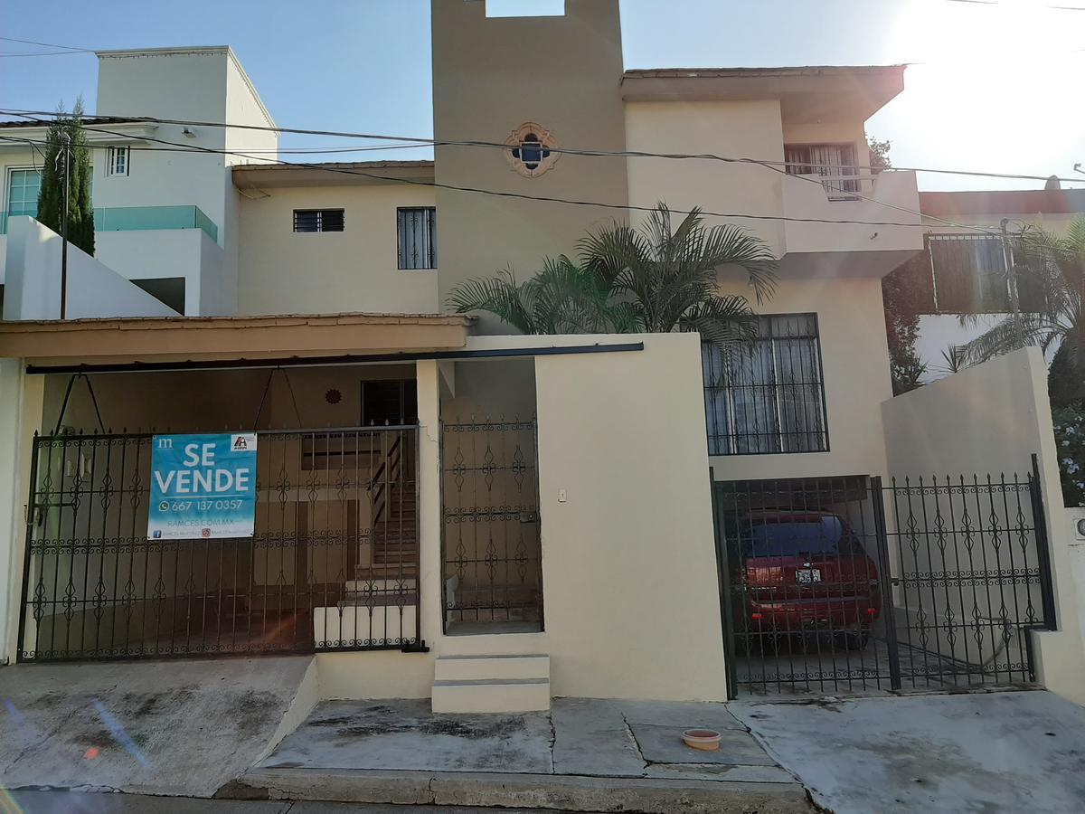 Foto Casa en Venta en  Fraccionamiento Lomas de Guadalupe,  Culiacán  CASA EN VENTA CULIACÁN , CON RECAMARA EN PLANTA BAJA, LOMAS DE GUADALUPE