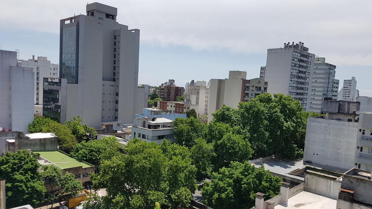 Foto Departamento en Alquiler en  La Plata ,  G.B.A. Zona Sur  Plaza Italia E/ 44 y Diag. 77