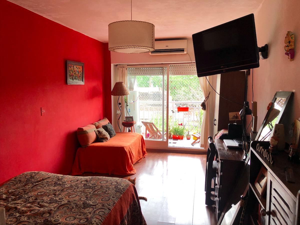 Foto Departamento en Venta |  en  Flores ,  Capital Federal  Yerbal 2400