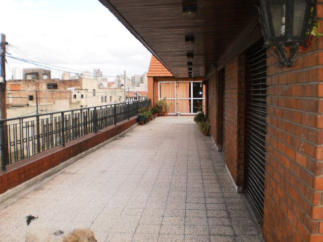 Foto Casa en Venta en  Lanús Oeste,  Lanús  UDAONDO  2000