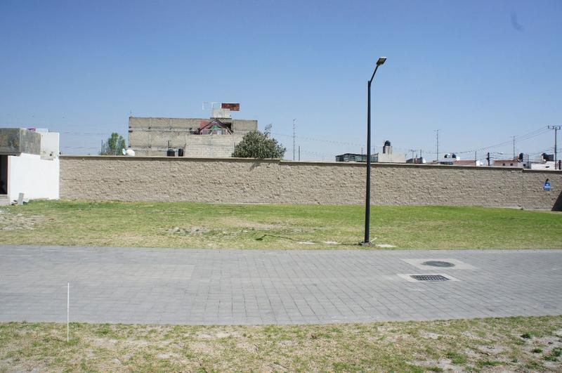 Foto Terreno en Venta en  La Providencia,  Metepec  Terreno en venta, Metepec, fraccionamiento Santa Cecilia, Providencia.