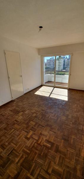 Foto Departamento en Venta en  Centro,  Rosario  Zeballos 745 06-02