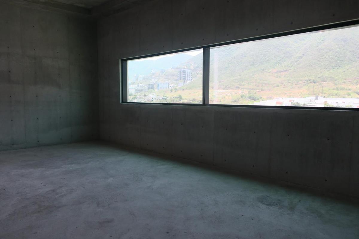 Foto Oficina en Venta en  Monterrey ,  Nuevo León      VENTA OFICINA VALLE ORIENTE VENTA