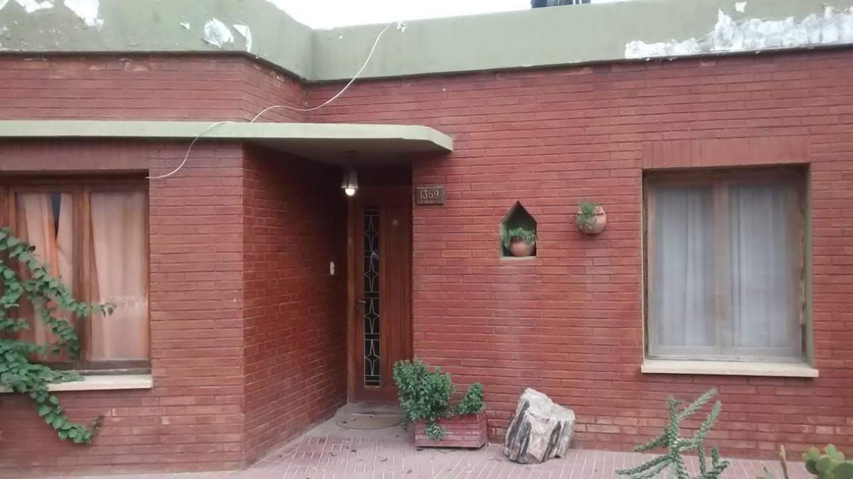 Foto Casa en Venta en  Concaran,  Chacabuco  SE VENDE CASA DE 4 DORMITORIOS EN CONCARÁN SAN LUIS