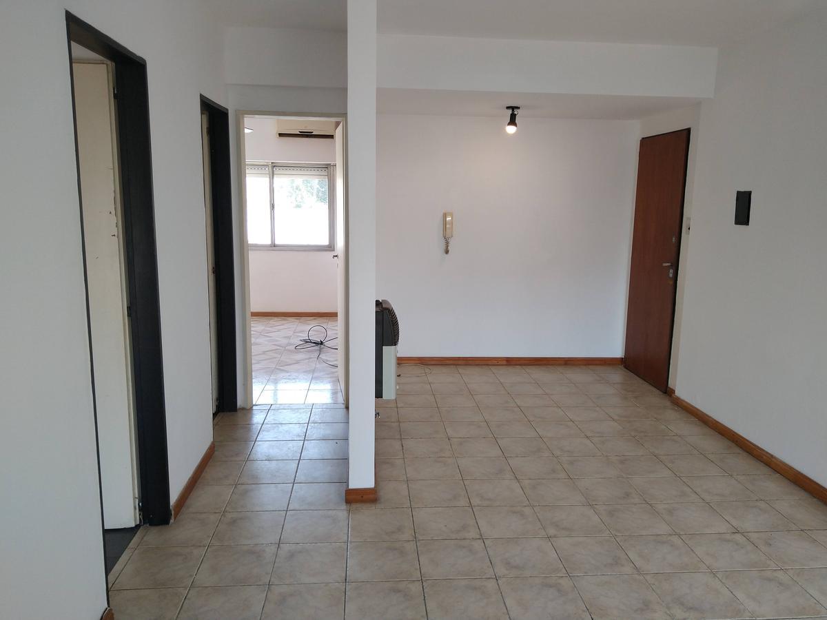 Foto Departamento en Venta | Alquiler en  Echesortu,  Rosario  Alsina al 1600
