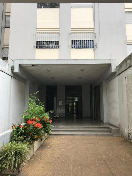 Foto Departamento en Alquiler en  La Plata ,  G.B.A. Zona Sur  60 entre 2 y 3