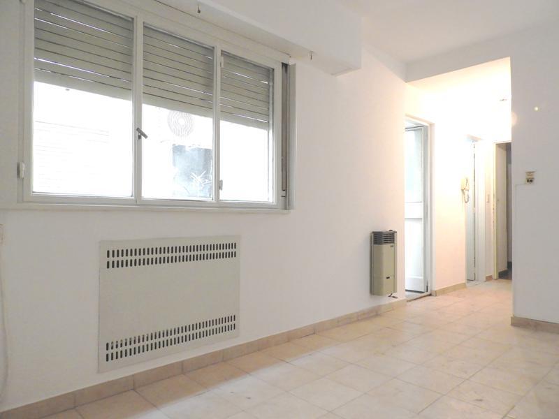 Foto Departamento en Venta en  Once ,  Capital Federal  Castelli 36