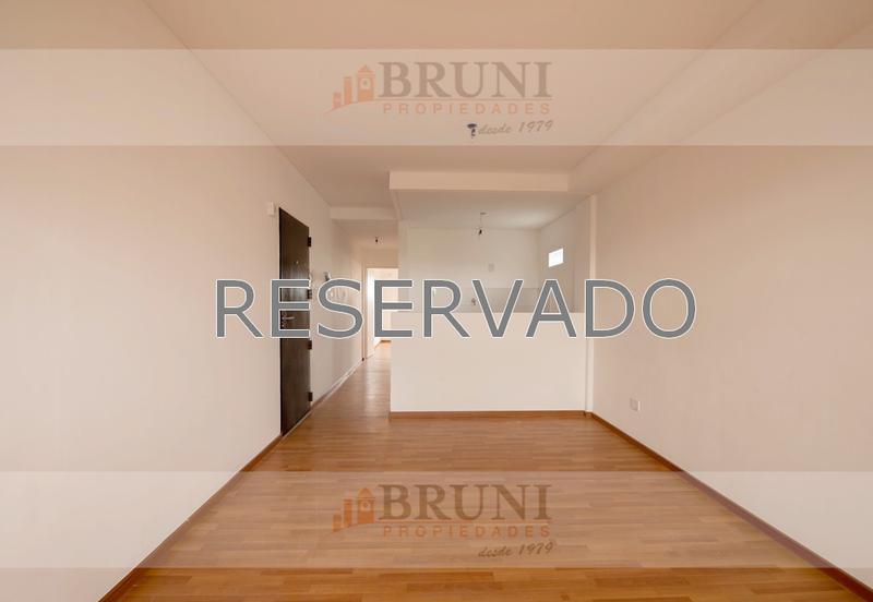 Foto Departamento en Alquiler en  B.Santa Rita,  V.Parque  Cesar Diaz 2800, Piso 8